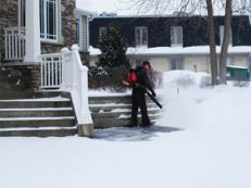 backpack-snow-blower